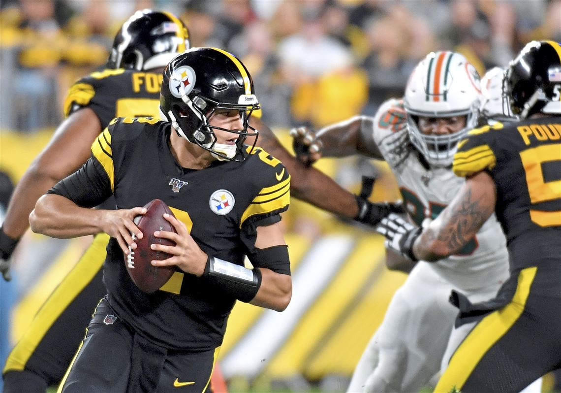 Steelers Escape Dolphins